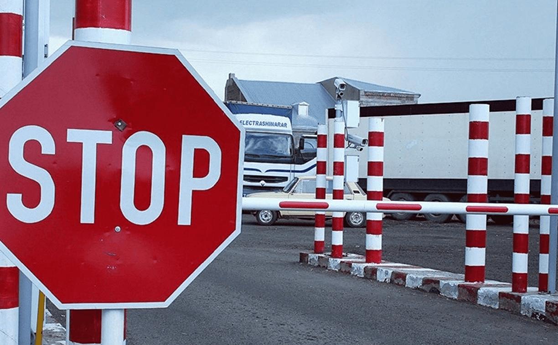 Казахстан готовится к открытию трех автомобильных пунктов пропуска на границе с Китаем