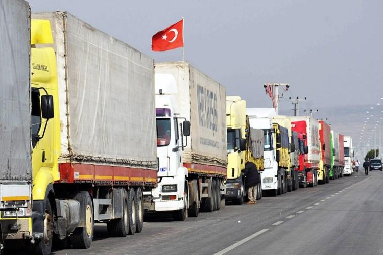 Турция объезжает «закрытые на карантин» границы через «Верхний Ларс»