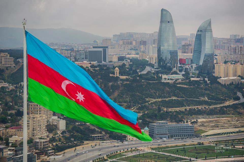 Азербайджан. В стране вводится комендантский час