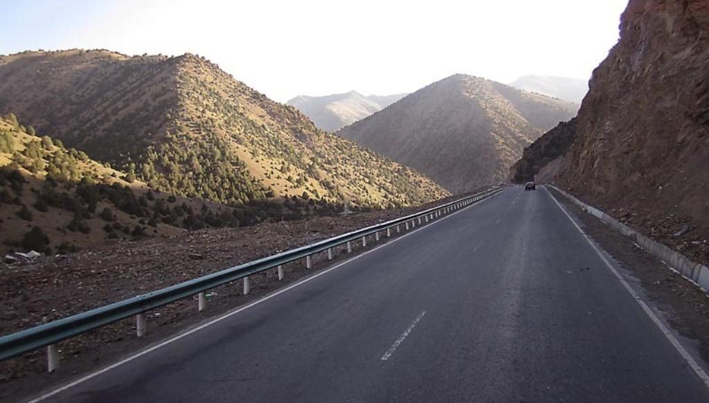 Президент объявил о выходе Таджикистана из коммуникационного тупика