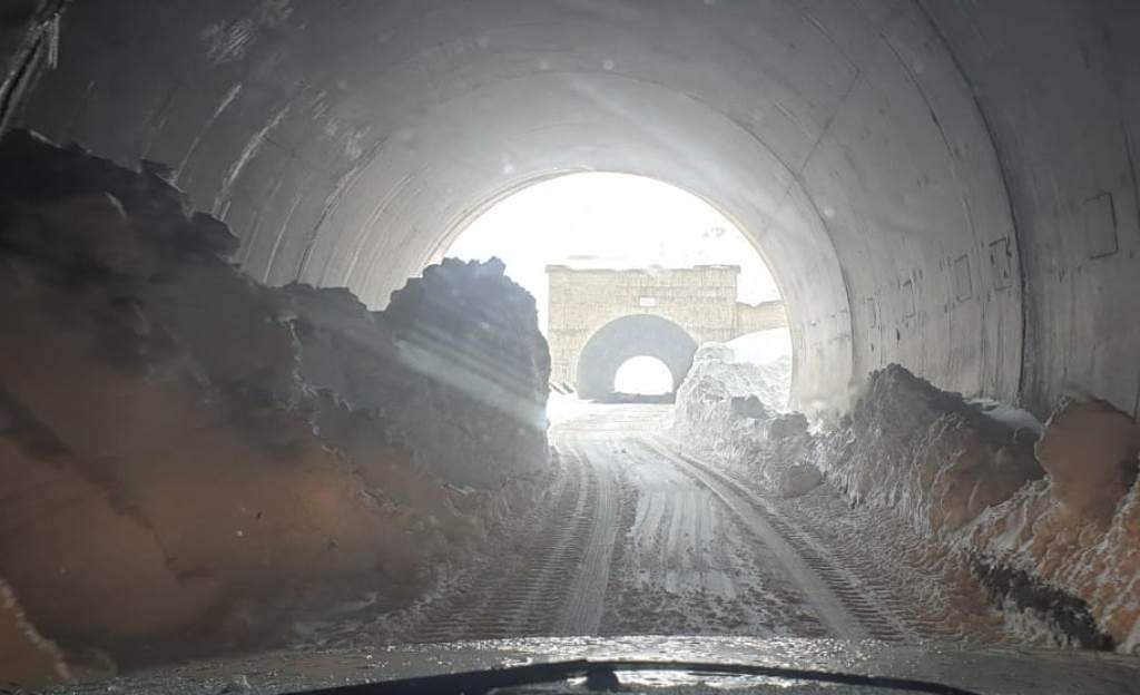 Движение по дорогам Душанбе-Худжанд и Душанбе-Хорог восстановлено, но не для всех