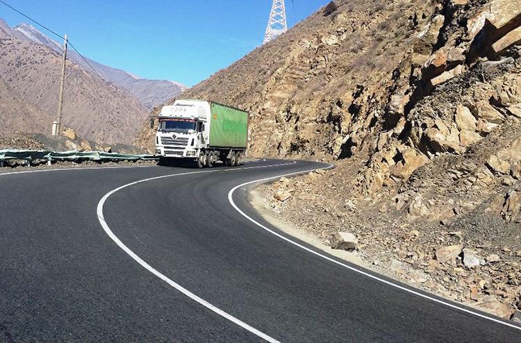 В Таджикистане принят «автодорожный» закон