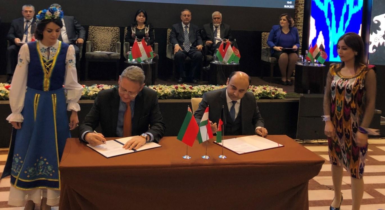 Бизнесмены Таджикистана, Афганистана и Беларуси подписали в Душанбе контракты на $11 миллионов