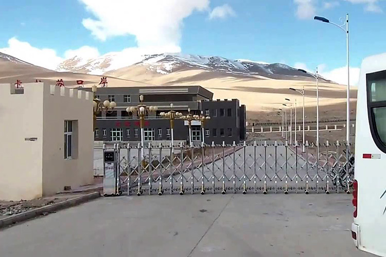 КПП «Кульма» на таджикско-китайской границе заработал на полную пропускную мощность