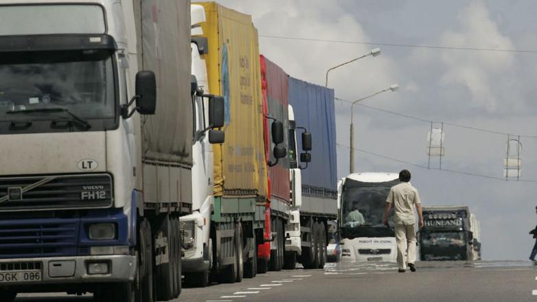 Туркменистан дал «добро» на транзитные перевозки таджикских грузов. По-китайски